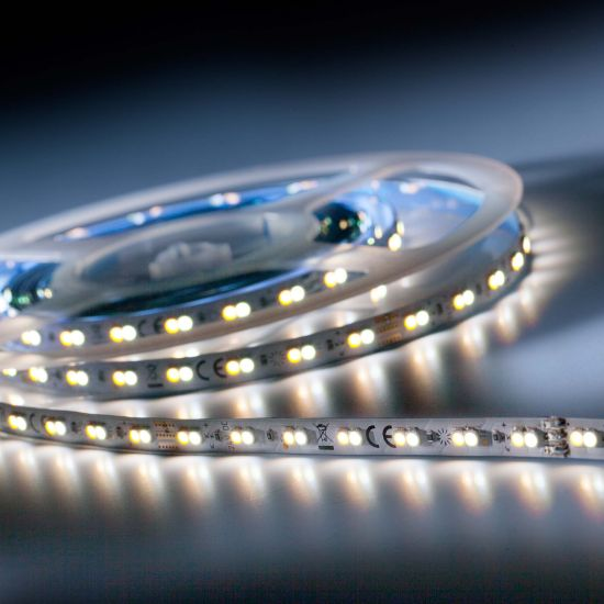 LumiFlex 700 Tira LED Flexibile económica TW 2700-6500K 2100lm 24V 140 LED/m carrete de 5m (820lm/m 4.8W/m)
