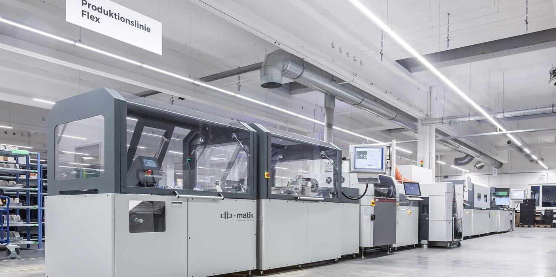 Nuestra nueva línea de producción Flex en Alemania ampliará sus posibilidades, con nuevos materiales utilizados en la fabricación de bobinas.